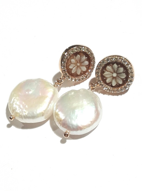 Orecchini cammeo e perla coltivata