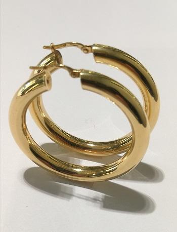 Orecchini anelle  in oro giallo 18 carati del diametro esterno di cm 4,0 e spessore mm 5,0